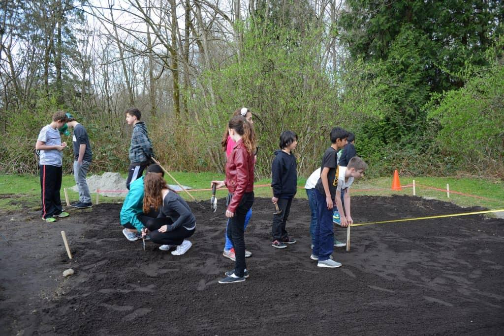 Measuring school labyrinth
